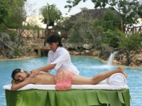 YHI-SPA Aguas de Oro Massage