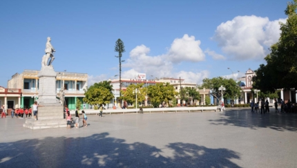 Calixto García central park panoramic view, Holguín city