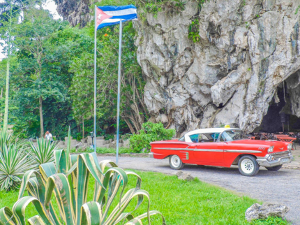 Viñales Valley Private Tour in American Classic Car