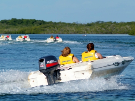 Boat adventure tour, Cayo Guillermo