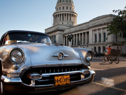 Discovering-havana-matanzas-and-varadero-in-classic-cars-tour